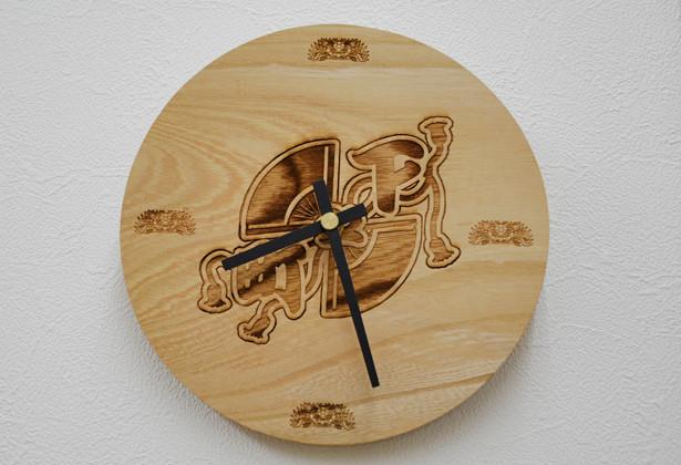 けやき丸型時計